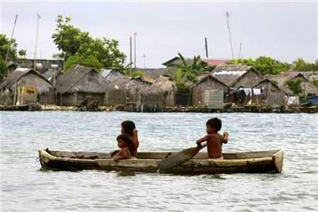 panama guna children canoe reuters alberto lowe
